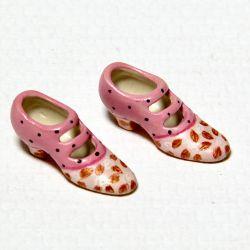 Koukku kukka kengät